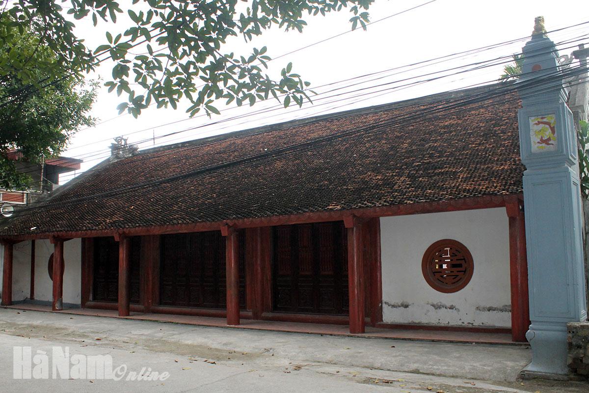 Di tích kiến trúc nghệ thuật cấp quốc gia đình làng Phù Thụy