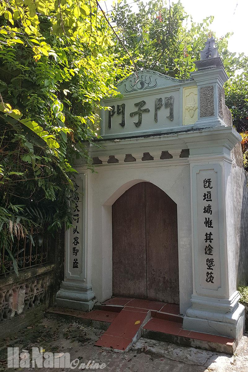 Từ đường Nguyễn Khuyếnchờ ngày mở cửa trở lại